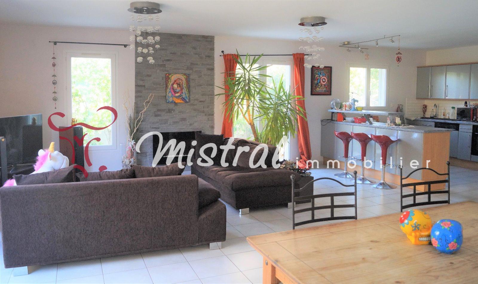 Vente sous compromis mistral vente villa aigues mortes 3 chambres sur 300 m de terrain - Compromis de vente garage ...